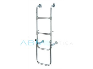 Folding step ladder for stern platforms