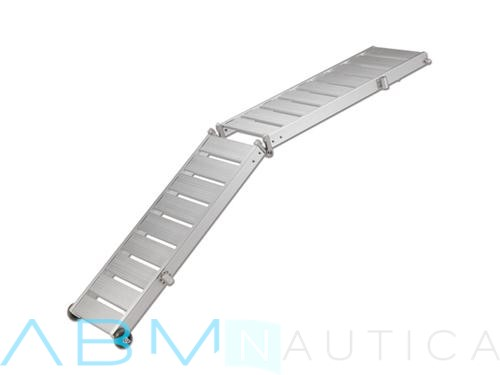 Super lightweight foldable gangway with an aluminum floor
